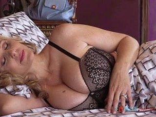 الأم - أنبوب الإباحية زنجي